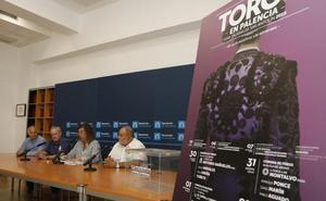 Doce aficionados verán gratis los toros desde el burladero en Palencia