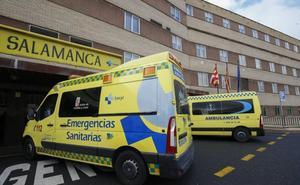 Sacyl elimina rehabilitaciones y consultas para minimizar la huelga de ambulancias en Salamanca