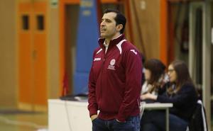 La Usal-La Antigua confirma el fichaje del entrenador Avelino García