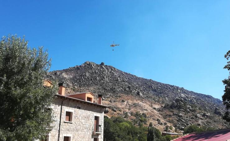Segundo día del incendio nivel 1 en Navalacruz