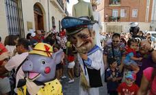 Chupinazo y desfile de peñas de Peñafiel
