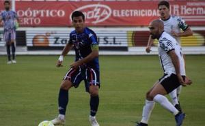 El Salamanca CF cae en el tramo final ante el Zamora CF de Tercera (1-0) en su penúltimo amistoso