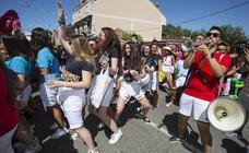 Pregón y desfile de peñas en Tudela de Duero