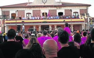 El artista González Gerbolés descorcha los festejos en Viana