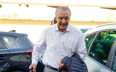 El Salamanca CF ya busca 'sustituto' al mexicano Trejo tras conocer la negativa de la RFEF a tramitar su licencia
