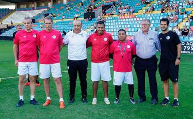 La RFEF cierra el caso Trejo y ni él ni su ayudante Dueñas podrán entrenar en el Salamanca CF UDS