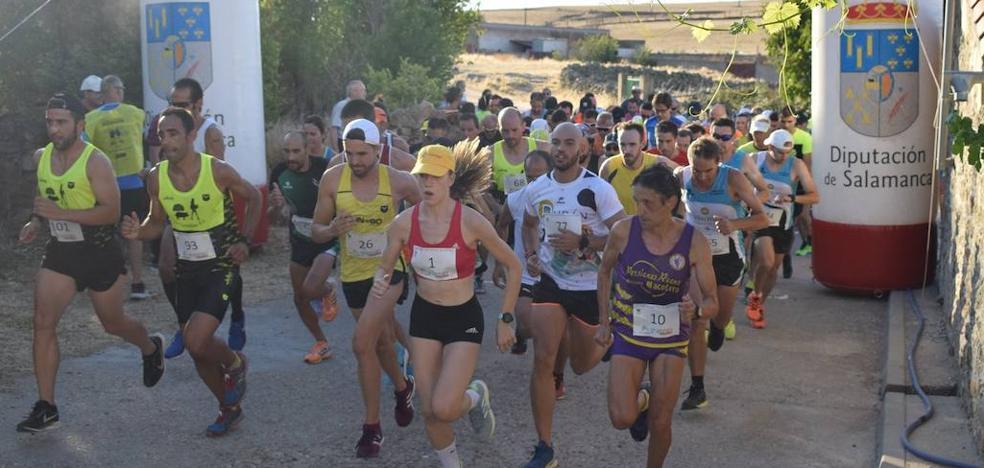 Carlos Rodríguez y Marta Pescador se llevan la dura XIII carrera de Valdemierque