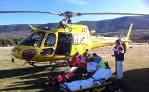 Rescatado en helicóptero un parapentista de 51 años herido en la zona de despegue de Arcones