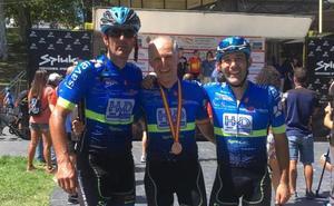 Juan Trapiello, del HyD Pinturas, se cuelga el bronce M60 en el Campeonato de España