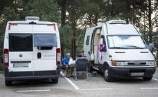 Las auto caravanas que acampan de forma ilegal en La Cuerda del Pozo han comenzado a recibir sanciones