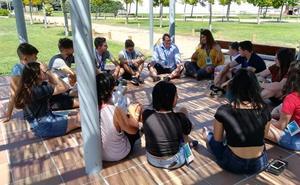 Jóvenes de seis países plantean en Íscar propuestas contra la despoblación rural