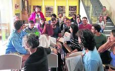 Paredes reúne a 29 alumnos en un taller sobre arquitectura en tierra cruda