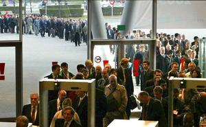 La rivalidad fiscal autonómica agrava la fuga de empresas y trabajadores de la región