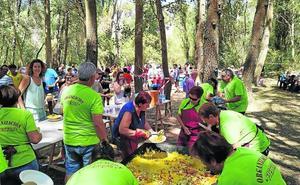 Una paella popular y el festival Bodega Rock abren las fiestas de Hornillos de Eresma