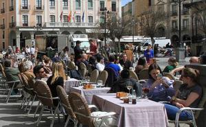 Luquero no dejará que las terrazas de Segovia sean «ranchitos privados»