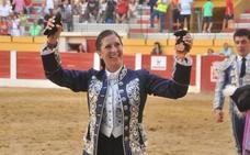 La rejoneadora Ana Rita galardonada con el premio al Triunfador de la Feria