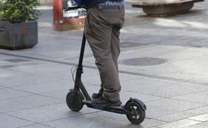 Herida una persona de 58 años al caerse de su patinete eléctrico en Palencia