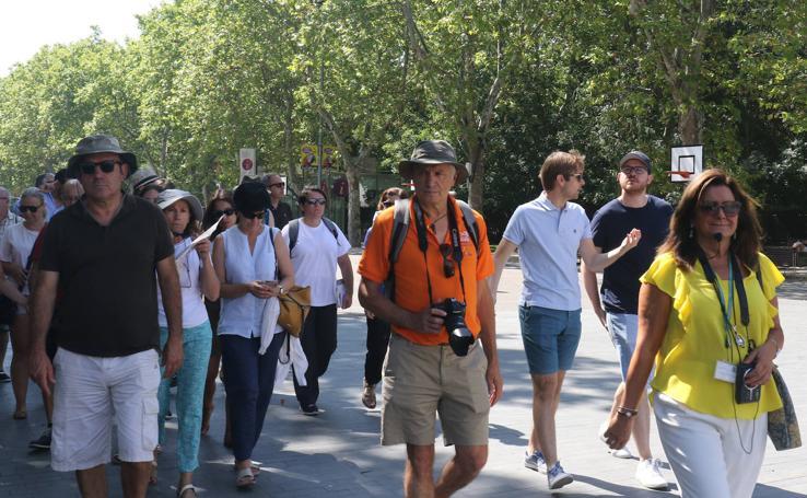 Turistas por las calles de Valladolid