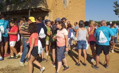 Cuatro pueblos de Valladolid caminan unidos contra el cáncer