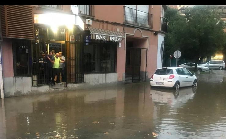 Tormenta de lluvia y granizo en Segovia