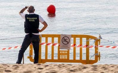 La Armada descarta que el artefacto hallado en la playa de Badalona sea un explosivo