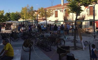 Gastronomía y tradición se dan cita en una multitudinaria Feria de Artesanía de La Parrilla