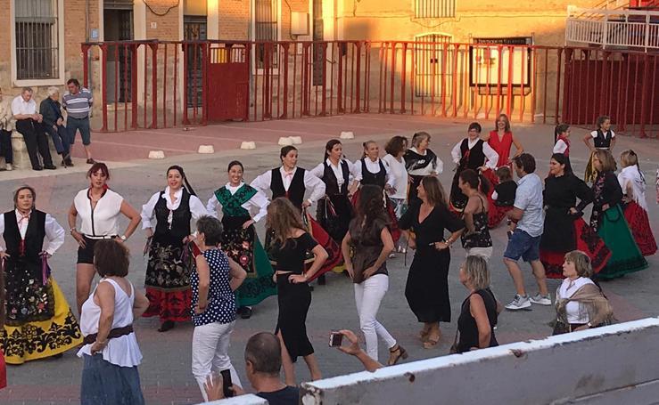 XXX aniversario del Grupo de Danzas Virgen de Castellanos de Mota del Marqués
