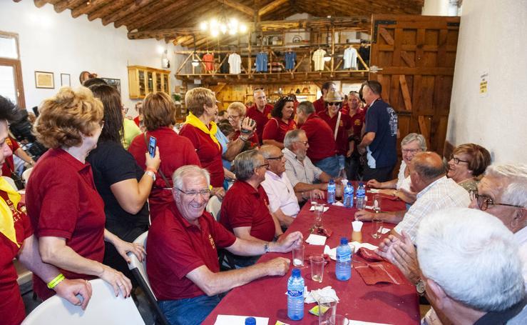 Comida homenaje a los jubilados en las fiestas de Valsaín
