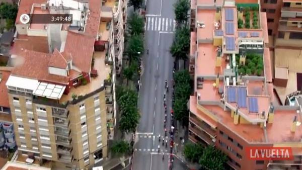 El helicóptero de La Vuelta a España descubre dos plantaciones de marihuana en la octava etapa