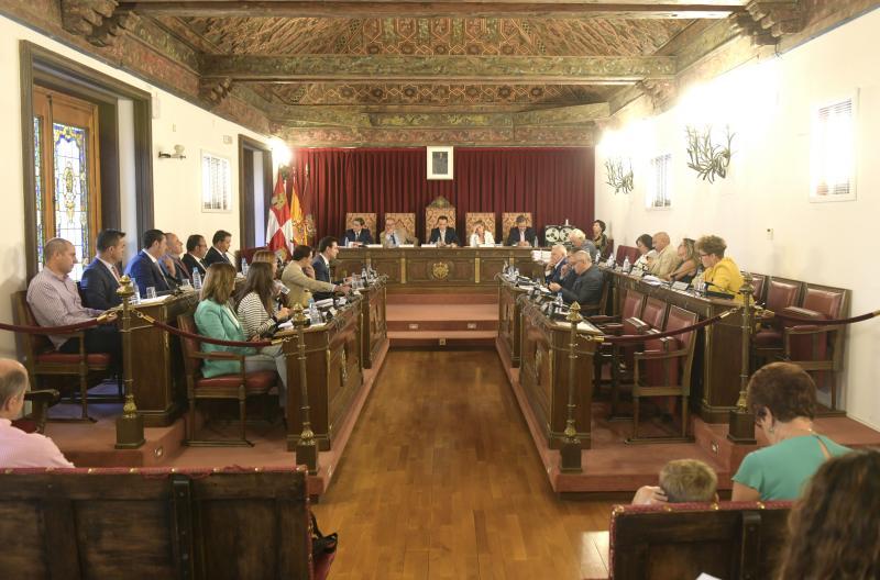 Las ayudas para conservar iglesias dilatan un pleno de trámite en la Diputación de Valladolid