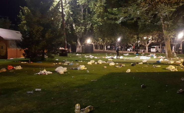 Así quedaron las Moreras tras el primer viernes de fiestas de Valladolid