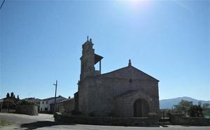 Controlado el fuego de la localidad salmantina de Valverde de Valdelacasa