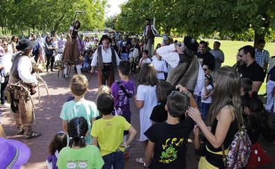Música en la calle y Feria de Día protagonizan la primera jornada festiva en Laguna