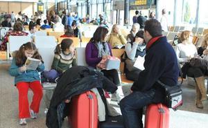 Los controladores aéreos indemnizan a viajeros vallisoletanos por la huelga de 2010