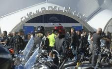 Concentración de motos en la Cúpula del Milenio con motivo de las fiestas de Valladolid