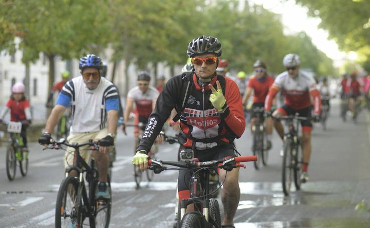 La marcha cicloturística del lunes de fiestas en imágenes