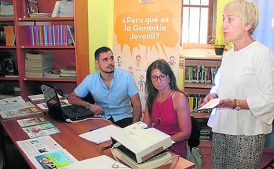 Los jóvenes cuellaranos se interesan por el programa juvenil de Cruz Roja