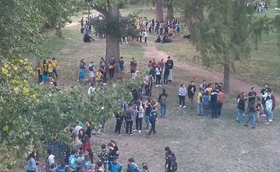 Las novatadas universitarias reúnen a un centenar de jóvenes en Salamanca