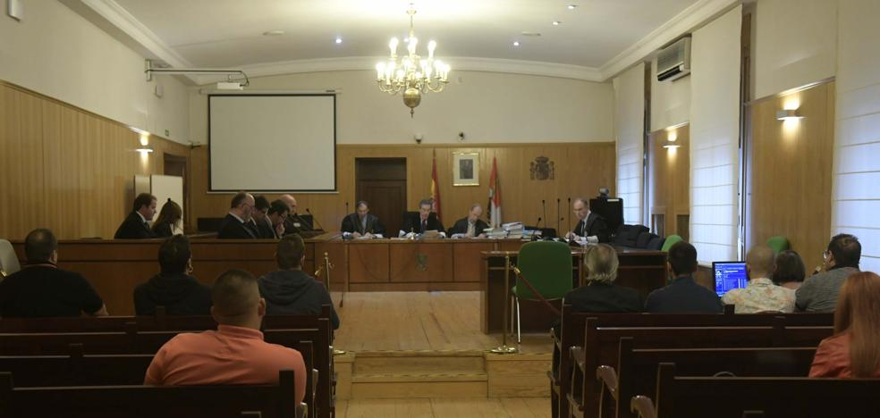 Los siete acusados de tráfico de armas de la Operación Bulldog, condenados a penas que suman 12,8 años de prisión