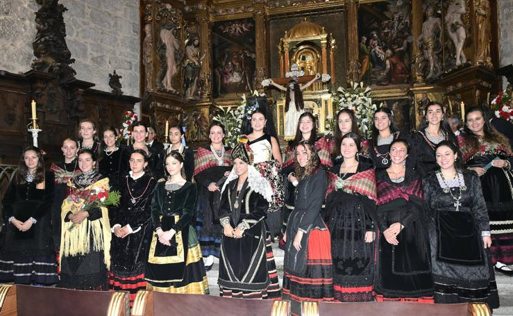 Ofrenda de flores al Santísimo Cristo del Caloco en El Espinar