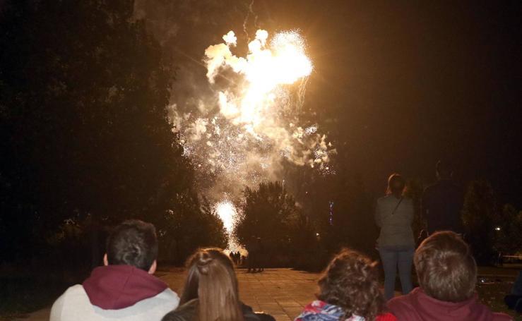 Tercera sesión de exhibición de fuegos artificiales