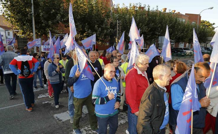 Nueva concentración en Peñafiel para reclamar la Autovía del Duero