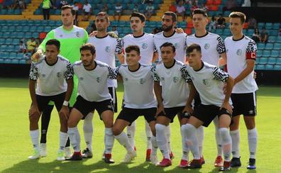 El filial del Salamanca CF UDS y el Santa Marta se juegan el liderato de Tercera en el Helmántico