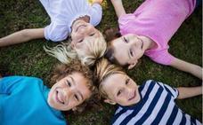 Los podólogos advierten de que las caídas frecuentes de los niños pueden ser un síntoma de problemas en los pies