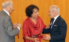 Medalla de Oro de la Cámara de Comercio a Tomás Rodríguez Bolaños