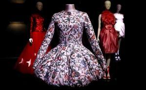 De Chanel a Cristina Pedroche: un recorrido por la silueta femenina en el último siglo