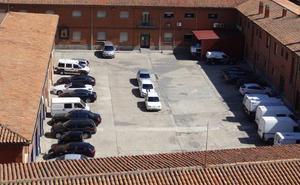 El juez exonera al guardia civil de Valladolid de narcotráfico, pero mantiene el proceso contra él por la trama de favores