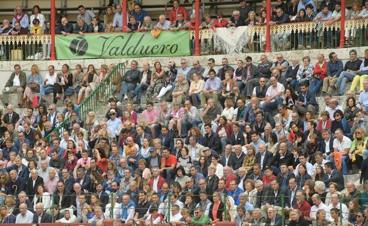 Búscate en las fotos de la cuarta corrida de las fiestas de Valladolid (1/2)