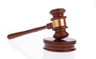 El acusado de obtener Rivotril con recetas falsas asegura que es «un mero gilipollas» en manos de una banda de magrebíes