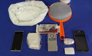 Detenido por llevar 22 gramos de cocaína encima y guardar 218 más en su domicilio en Salamanca